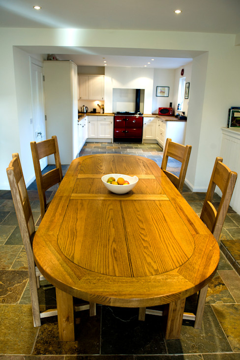 Craigentath, Blairs, Aberdeenshire Roundhouse Architecture Ltd Dining roomChairs & benches