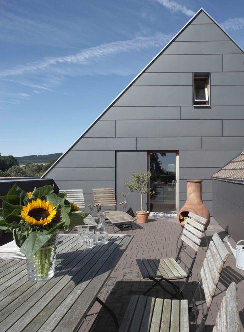 Dachterrasse Dipl.-Ing. Michael Schöllhammer, freier Architekt Klassischer Balkon, Veranda & Terrasse