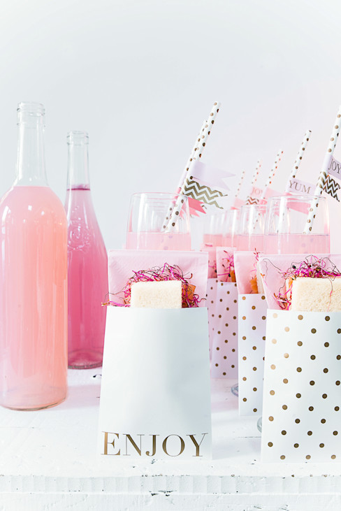 Stylish Event Tableware and Decorations from Delight Department Candle & Cake EetkamerAccessoires & decoratie