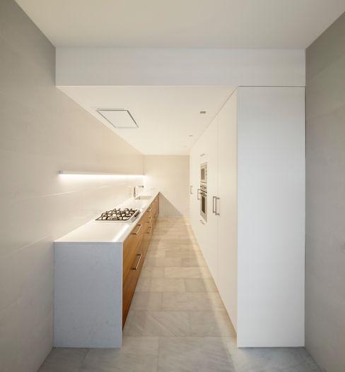 Casa CP Alventosa Morell Arquitectes Cocinas de estilo minimalista