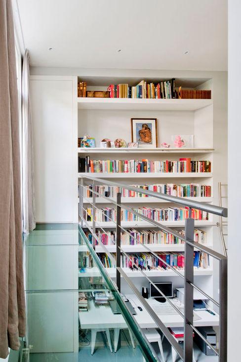Kodde Architecten bna Moderne Wohnzimmer