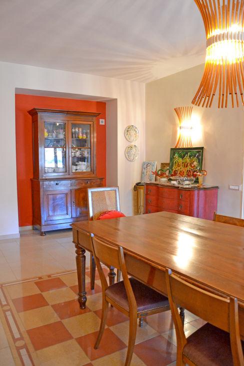 Sala da pranzo e Cucina Architetti di Casa Sala da pranzo in stile classico