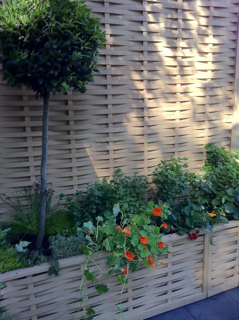 Quercus Raised Beds -Extra Space in a small garden Quercus UK Ltd Jardines rurales