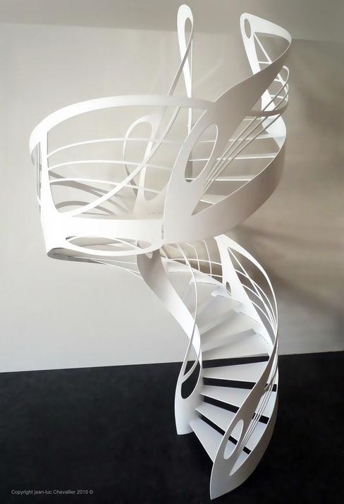 Escalier design hélicoïdal colimaçon homify Couloir, entrée, escaliersEscaliers