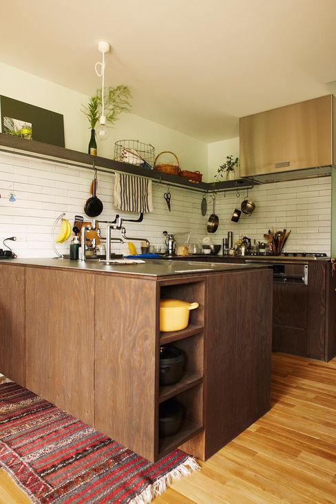 石塚和彦アトリエ一級建築士事務所 Modern kitchen