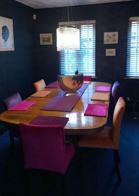 Dining Room Grey Soft Furnishings Comedores de estilo ecléctico