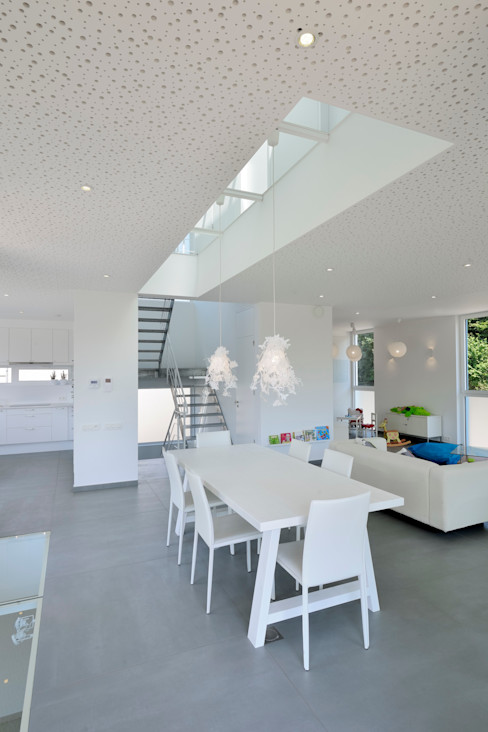 atelier d'architecture FORMa* Modern Dining Room