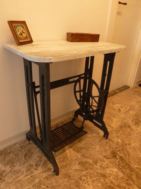 Atölye Butka Living roomSide tables & trays