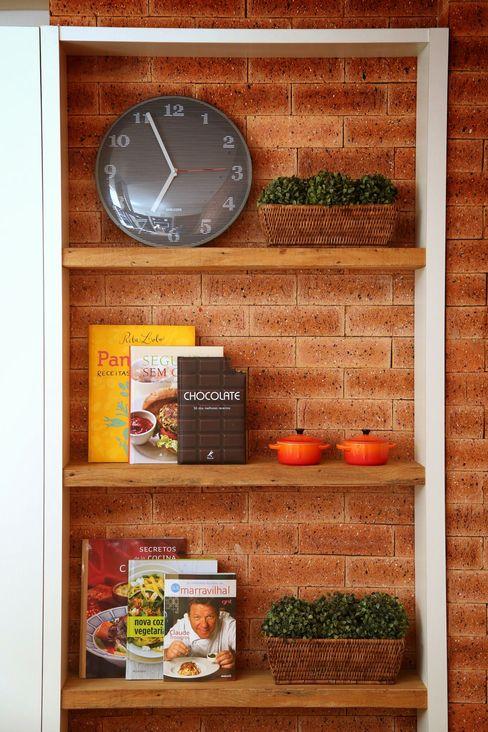 MeyerCortez arquitetura & design Modern kitchen