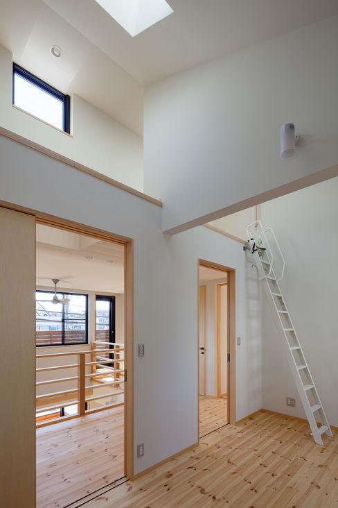 三橋の家 株式会社山岡建築研究所 モダンデザインの 子供部屋