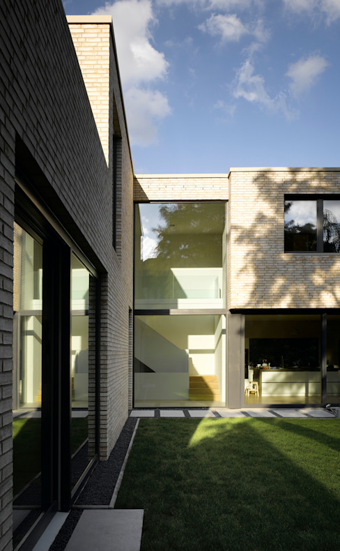 homify Casas de estilo minimalista