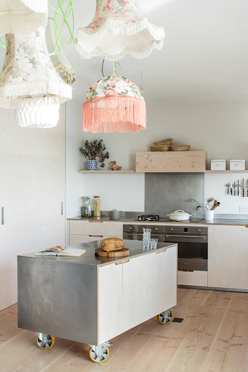 Contemporary Eco Kitchen in the Cotswolds homify Kitchen
