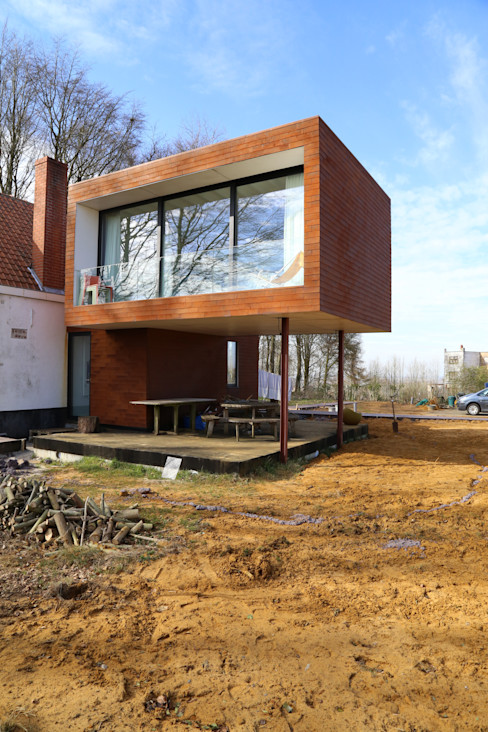 Voltarchitecten Casas de estilo ecléctico