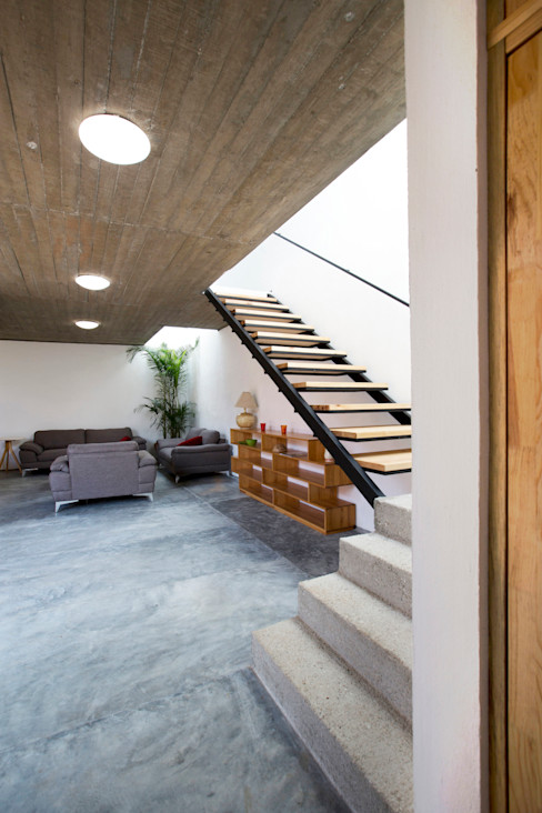 rOOtstudio Modern Living Room