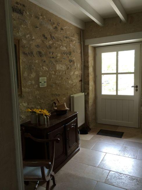 mur de pierre INSIDE-DECO-TENDANCE Couloir, entrée, escaliersAccessoires & décorations