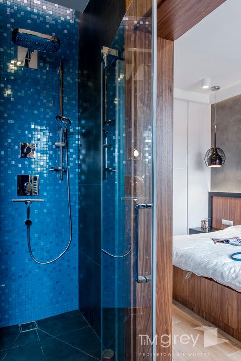 TiM Grey Interior Design Modern style bathrooms