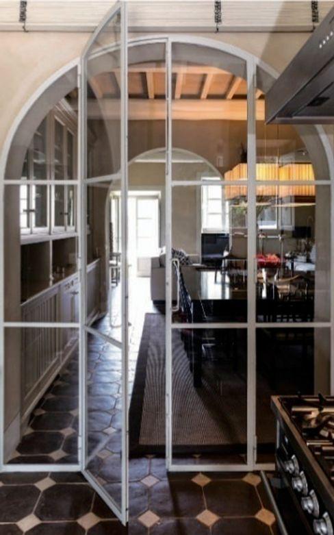 Casa Nuova Studio Mazzei Architetti Sala da pranzo moderna