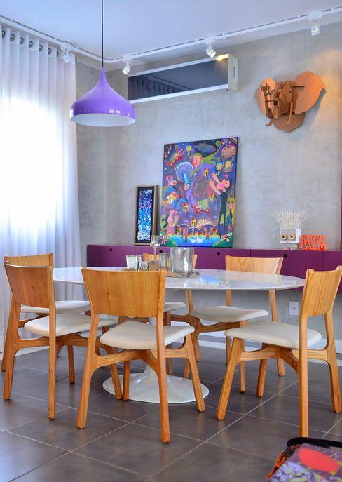 Red Studio Modern Dining Room