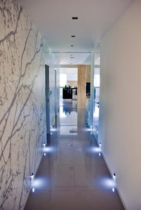 Abakon sp. z o.o. spółka komandytowa Pasillos, vestíbulos y escaleras modernos