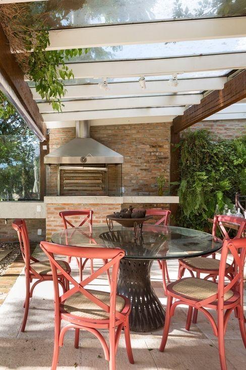 CRR | Churrasqueira Kali Arquitetura Varandas, alpendres e terraços modernos