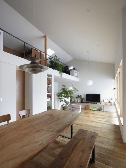 春風の家 樋口章建築アトリエ モダンデザインの ダイニング