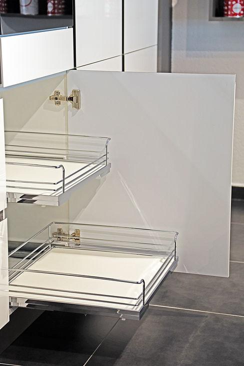 Ada Ahşap Dapur Modern