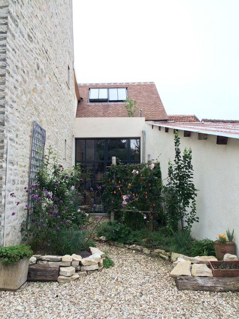 Atelier d'Ersu & Blanco 庭院