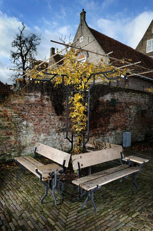 Origin of Species Garden Installation Kranen/Gille Moderne tuinen