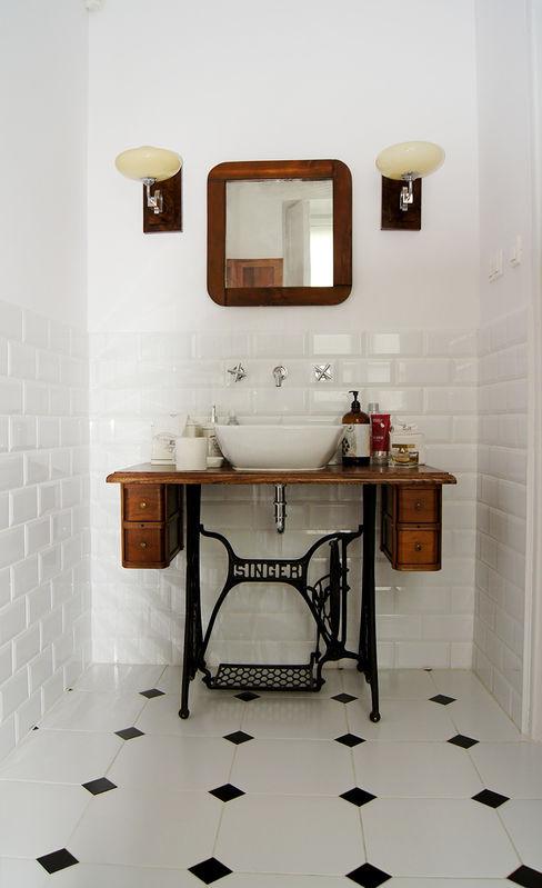 ZAZA studio Scandinavian style bathroom