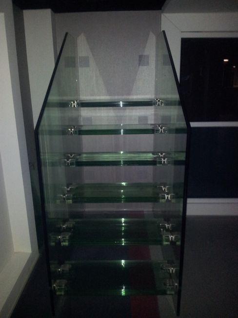dağılmaz cam sanayii Modern corridor, hallway & stairs