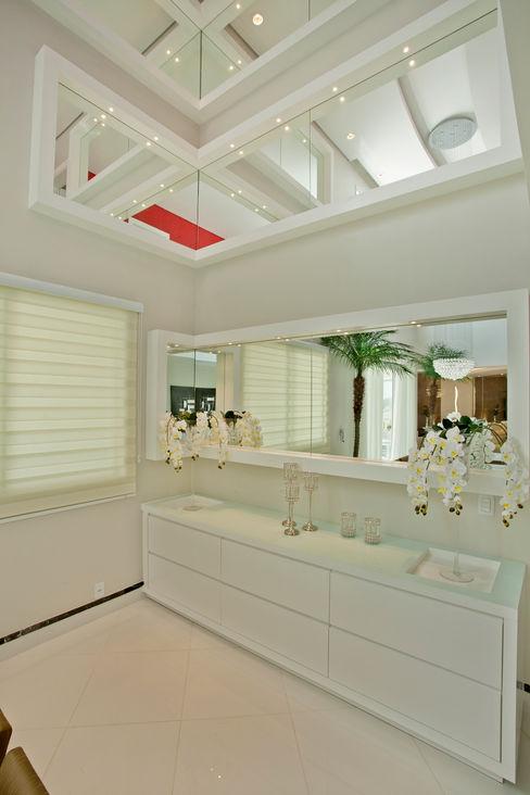 Designer de Interiores e Paisagista Iara Kílaris ComedorBuffet y cómodas
