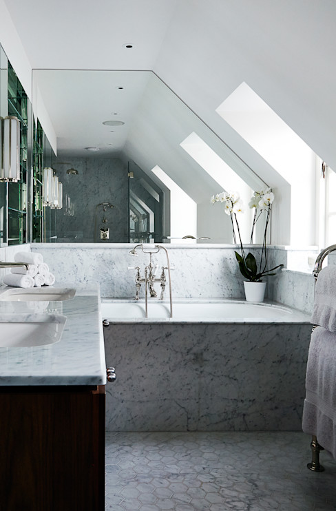Bathroom 2 homify Modern bathroom