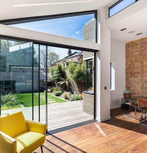 Winchmore Hill, London Maxlight Moderne ramen & deuren