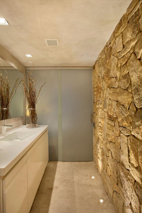 Studio ro+ca Salle de bain industrielle