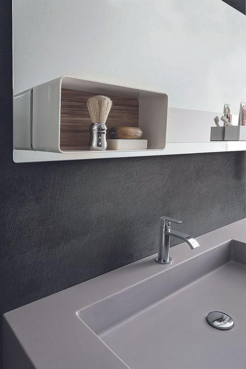 Magnetika bathroom - magnetic case on metal panel Ronda Design Ванна кімнатаЗберігання