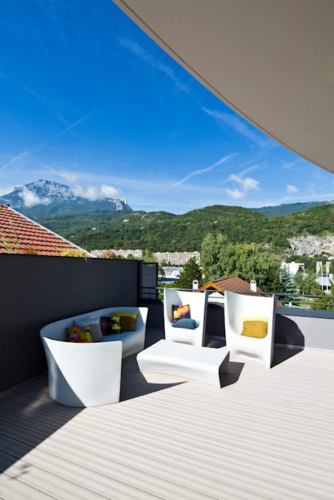 Appartement carte blanche Anne-Maud & Natacha Balcon, Veranda & Terrasse modernes