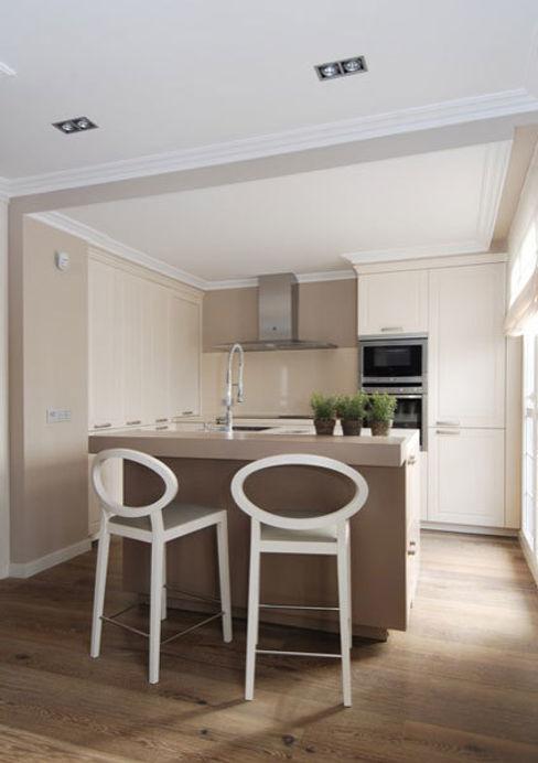 Sube Interiorismo Classic style kitchen
