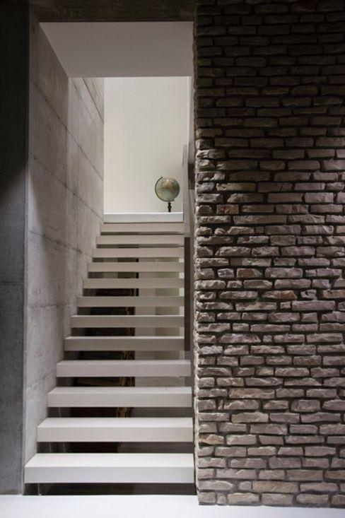 Giraldi Associati Architetti Modern walls & floors