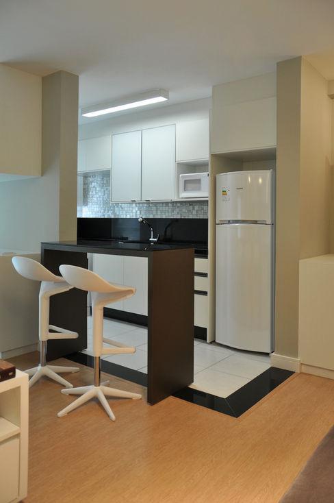 ESTUDIO ARK IT Moderne Küchen