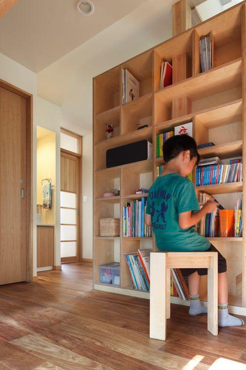 上野毛の家 TAMAI ATELIER モダンデザインの 多目的室
