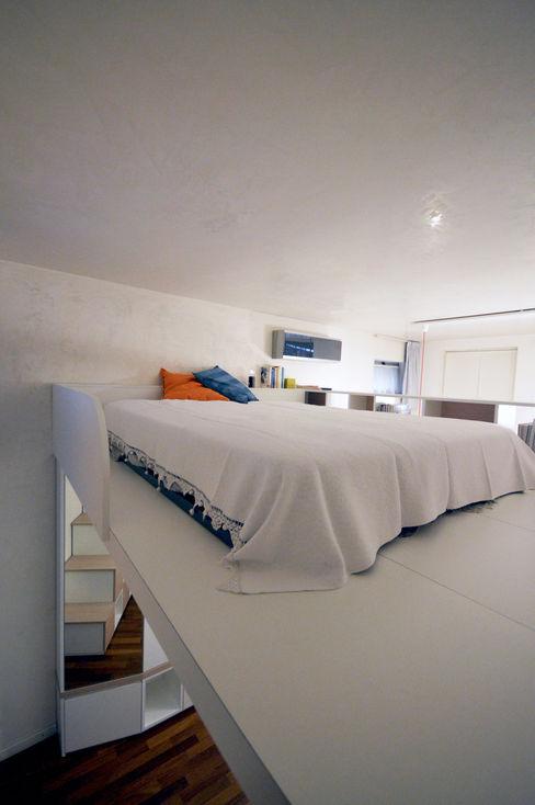 Soppalco zona notte Okapi Camera da letto moderna