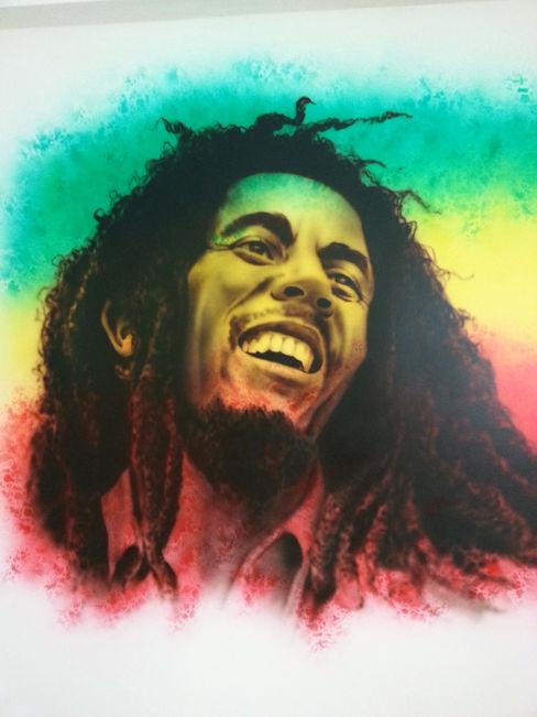Bob Marley Juan Jose Baron Herrero Dormitorios de estilo moderno