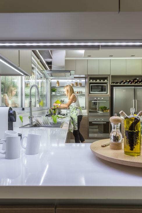 House in Belgrano GUTMAN+LEHRER ARQUITECTAS Moderne Küchen