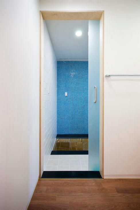 덕산 W-Building JYA-RCHITECTS 모던스타일 욕실