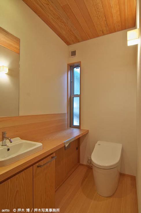 竹内建築デザインスタジオ Eclectic style bathroom