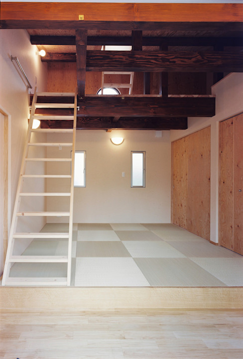 小栗建築設計室 Modern Bedroom Wood Wood effect