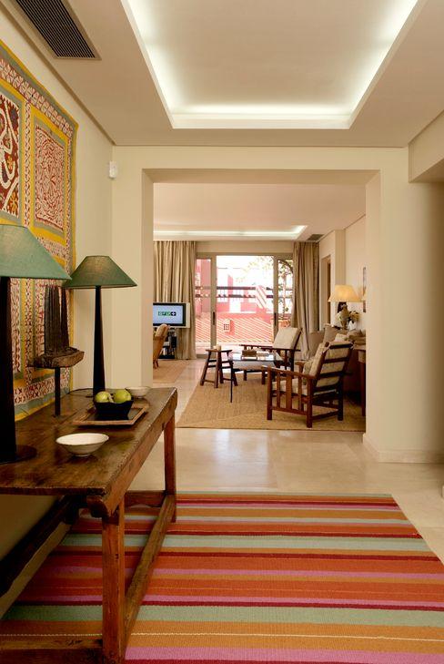 HOTEL ABAMA, Tenerife. Suites RAFAEL VARGAS FOTOGRAFIA SL Pasillos, vestíbulos y escaleras de estilo mediterráneo