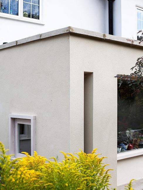 Private House in Epsom, Surrey Francesco Pierazzi Architects Moderne Häuser Weiß