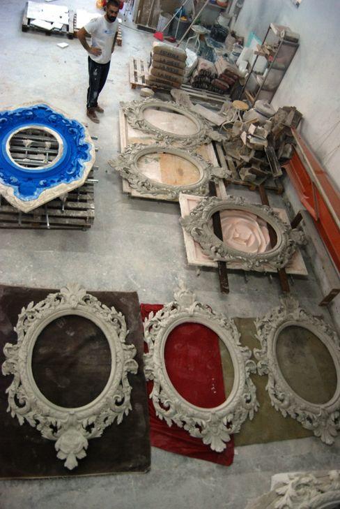 Moldura de gesso_ Plaster Frame Iva Viana Atelier de Escultura Paredes e pisos clássicos