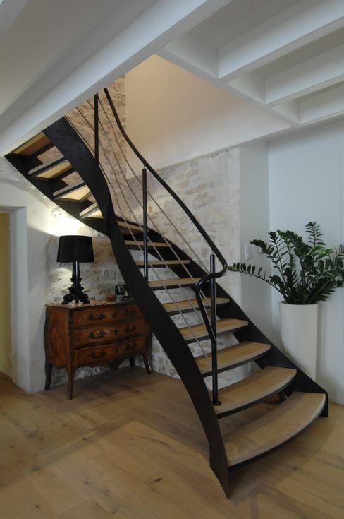 escalier 1/4 tournant AMB Couloir, entrée, escaliers modernes